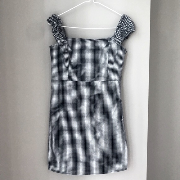 Linen gingham dress w/ puff sleeves